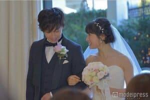 佐藤健と土屋太鳳の結婚式シーン