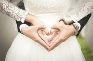 結婚 熱愛 交際 妊娠